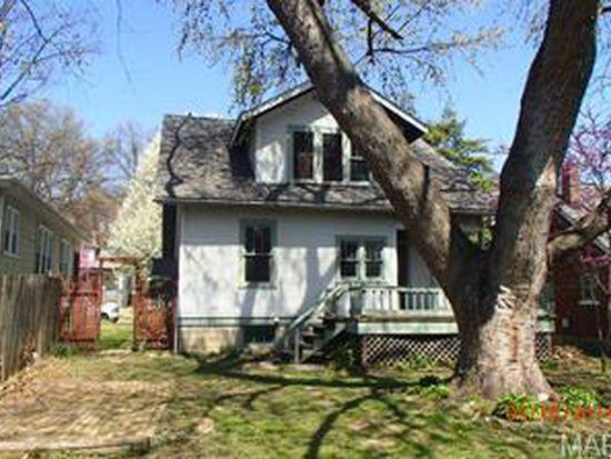 130 Lindenwood Ave, Saint Charles, MO 63301