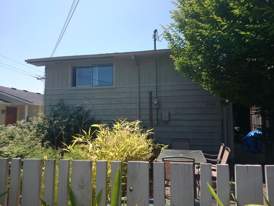7305 16th Ave NW, Seattle, WA 98117