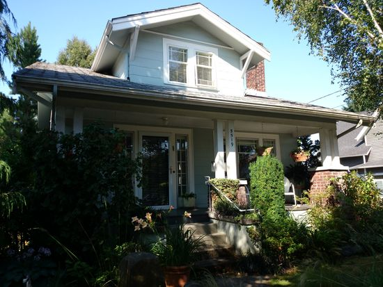 5519 Kenwood Pl N, Seattle, WA 98103