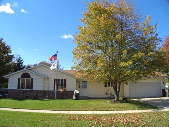 1989 Lilly St, East Troy, WI 53120
