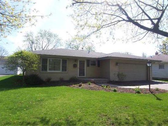 443 Linn Ave, Crystal Lake, IL 60014