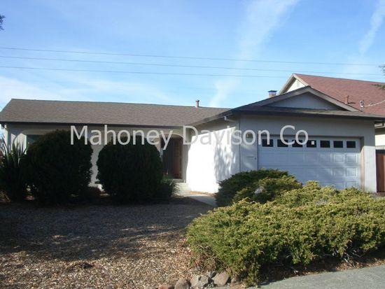 1605 E Madison St, Petaluma, CA 94954