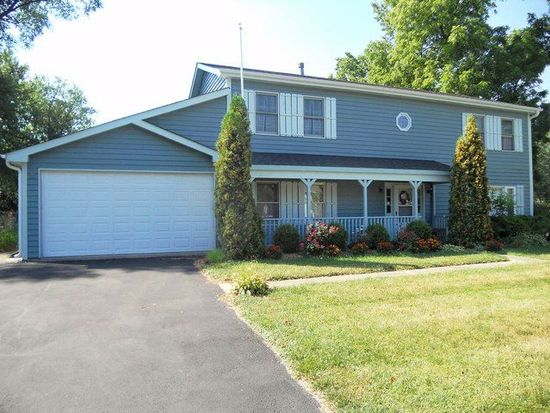 335 W Pine Ave, Roselle, IL 60172