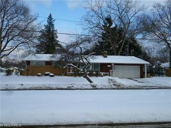 405 Castle Blvd, Akron, OH 44313