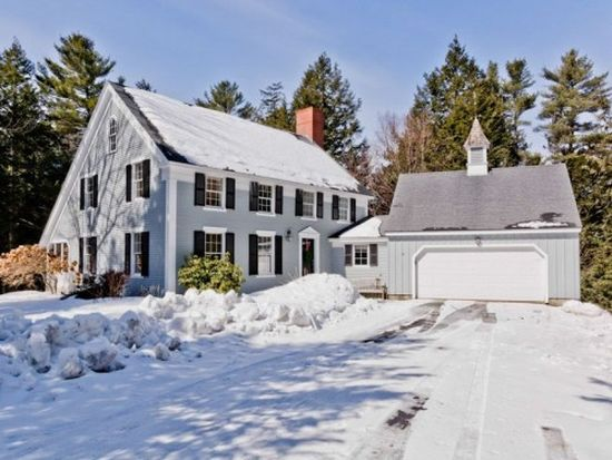 147 Fairwind Ln, Cumberland Foreside, ME 04110