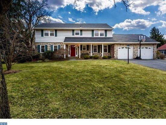 2416 Laurel Dr, Cinnaminson, NJ 08077
