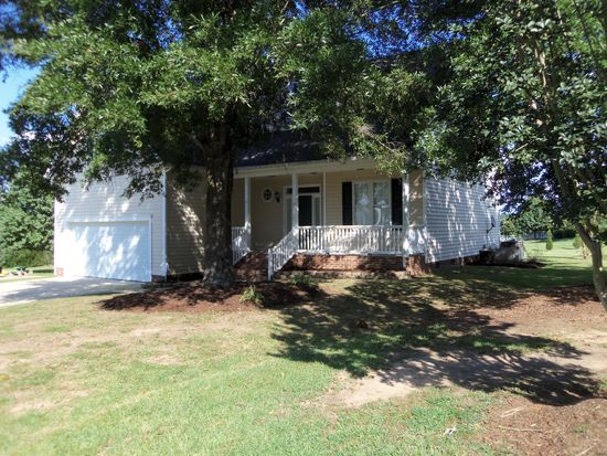 15 Trailing Oak Trl, Clayton, NC 27527