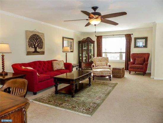 51 Hunt Club Dr, Collegeville, PA 19426