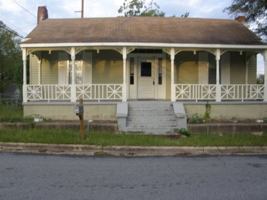 1908 6th Ct, Phenix City, AL 36867