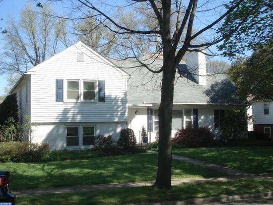 1319 Girard Ave, Wyomissing, PA 19610