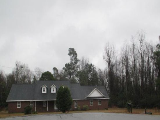 260 Country Springs Dr, Sumter, SC 29150
