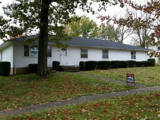 567 N Rocky River Dr, Berea, OH 44017