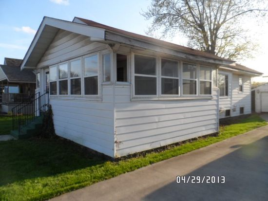 1424 S Anderson St, Elwood, IN 46036