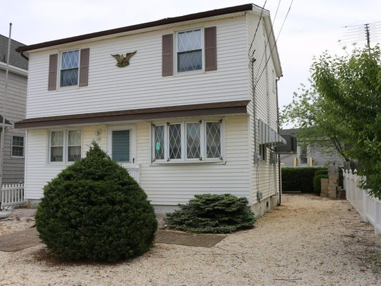 225 Dellmuth Ave, Seaside Heights, NJ 08751