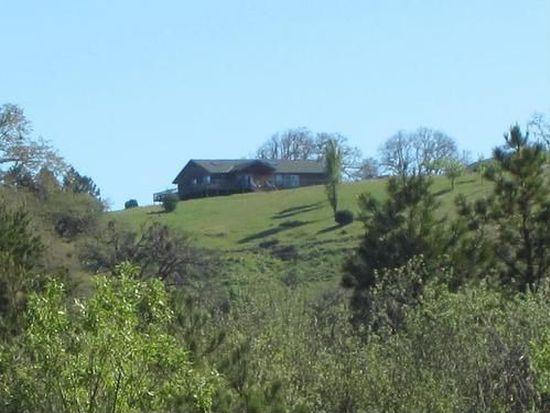 500 Coyote Ridge Rd, Bridgeville, CA 95526