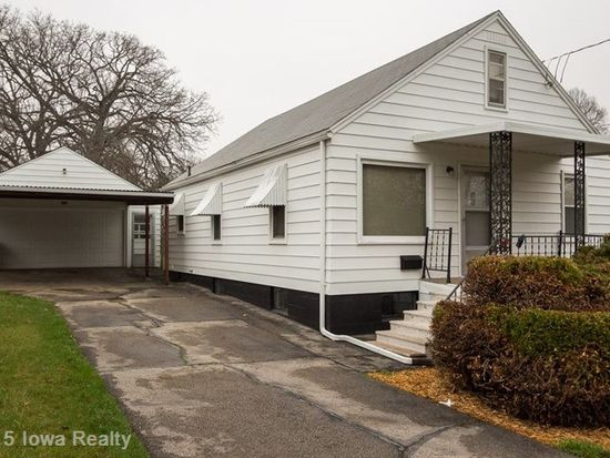 418 Pioneer Rd, Des Moines, IA 50315