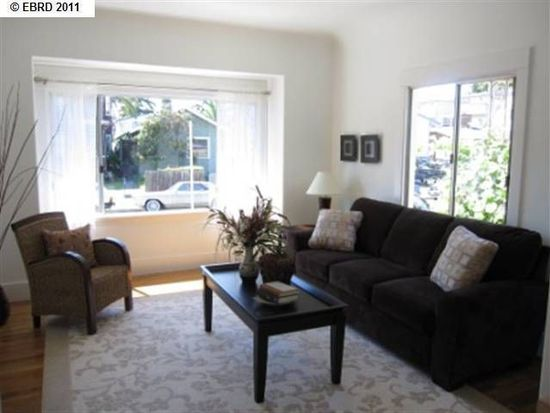 3912 Ruby St, Oakland, CA 94609