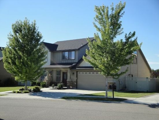 3104 E Shadowcrest Dr, Eagle, ID 83616