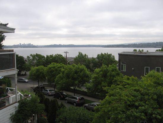 166 Erie Ave, Seattle, WA 98122