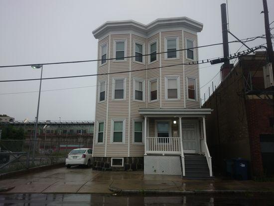 9 Faulkner St, Dorchester, MA 02122