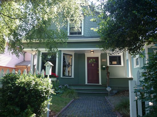 1432 21st Ave, Seattle, WA 98122
