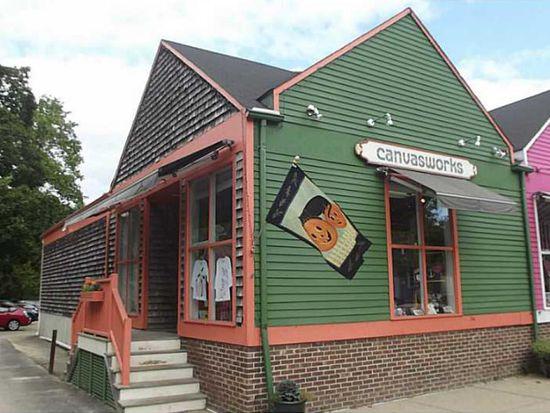 10 Main St, North Kingstown, RI 02852