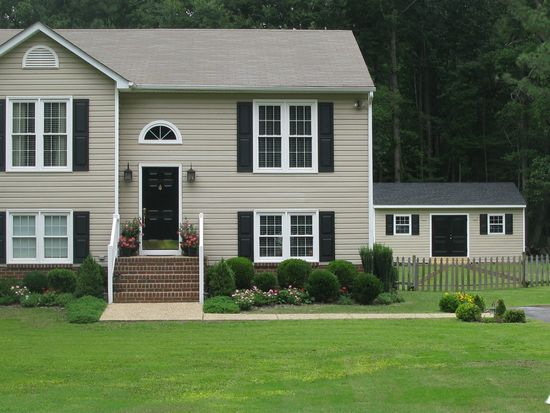 1256 Lotus Dr, North Chesterfield, VA 23235