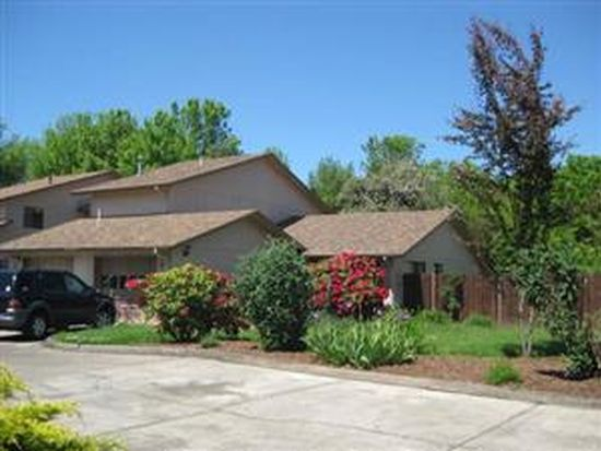 1672 SW Country Club Pl, Corvallis, OR 97333