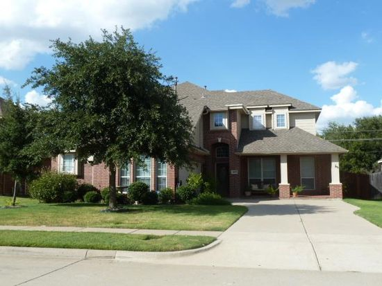 4103 Lakeshore Dr, Mansfield, TX 76063