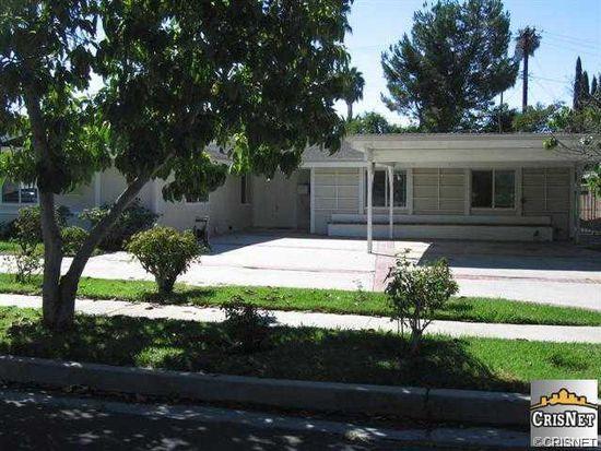 20866 Collins St, Woodland Hills, CA 91367