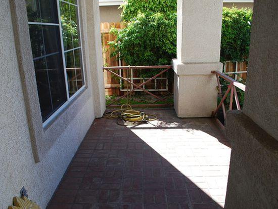 1642 Paseo Castille, Camarillo, CA 93010