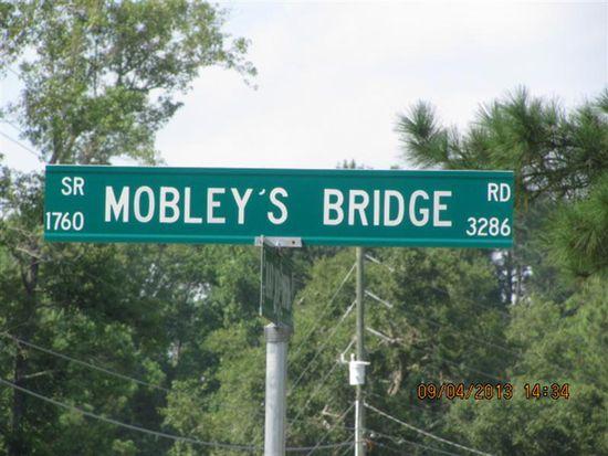 3536 Mobleys Bridge Rd, Grimesland, NC 27837