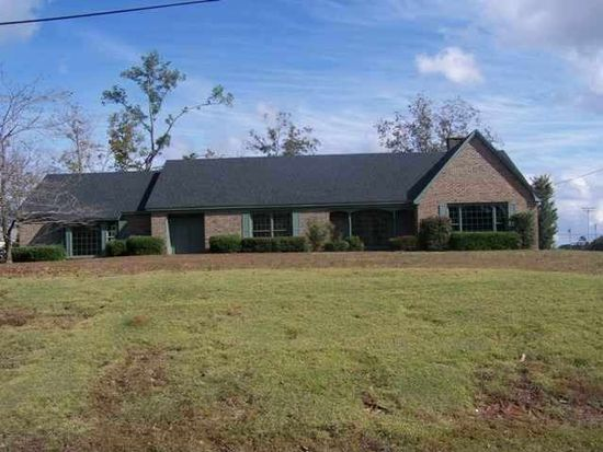 307 Willow Dr, Enterprise, AL 36330