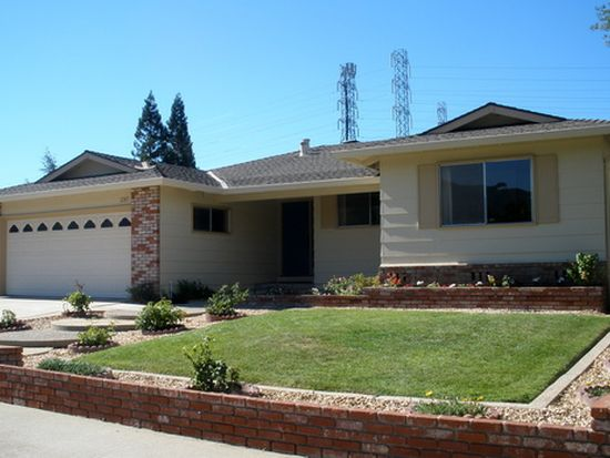 1285 Salvatore Dr, San Jose, CA 95120