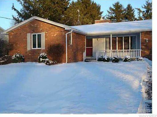 4751 Cottage Rd, Gasport, NY 14067
