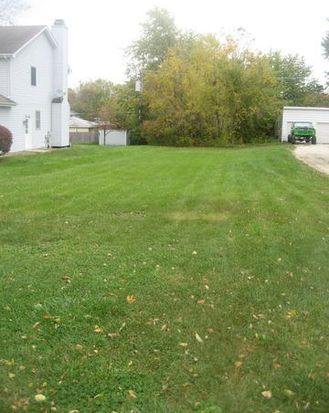 0S525 Robbins St, Winfield, IL 60190