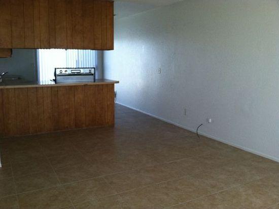 13419 Central Rd APT 3, Apple Valley, CA 92308