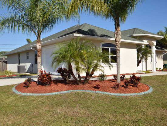 523 SE Cliff Rd, Port St Lucie, FL 34984