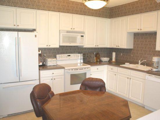 500 W Saint Charles Rd, Lombard, IL 60148