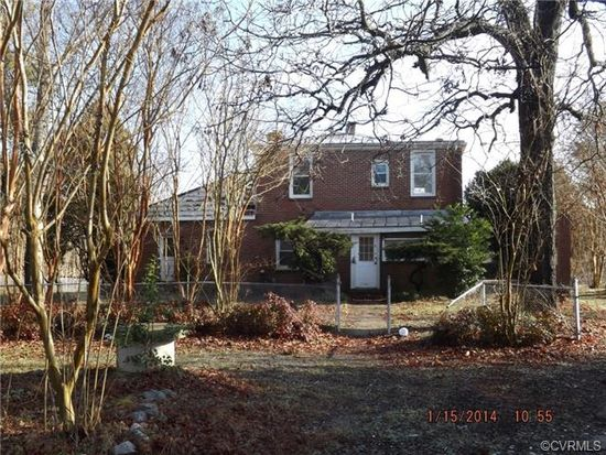 4515 Woodpecker Rd, South Chesterfield, VA 23803