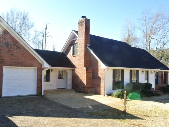 8 Rolling Hills Dr, Laurel, MS 39440