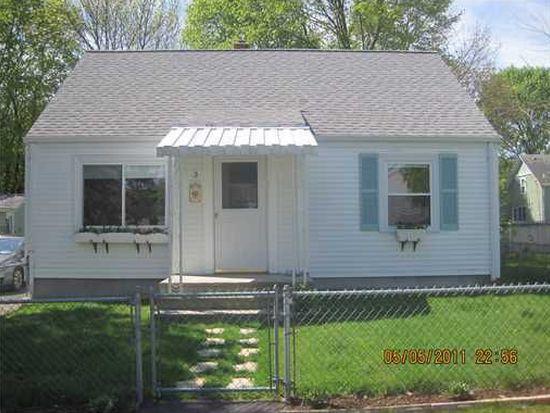3 Packard Ave, Cumberland, RI 02864