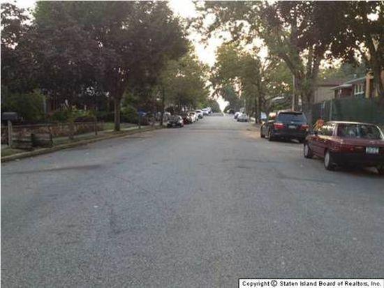 640 Edgegrove Ave, Staten Island, NY 10312