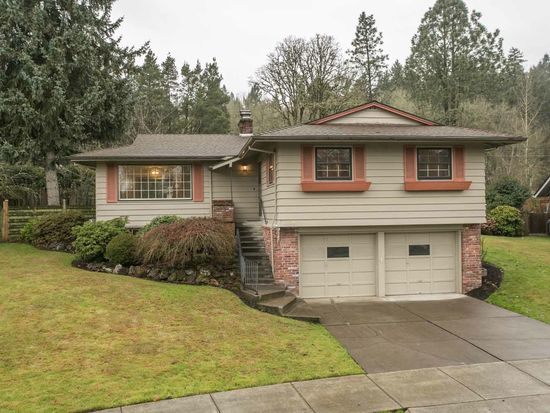 1230 Hallinan Cir, Lake Oswego, OR 97034