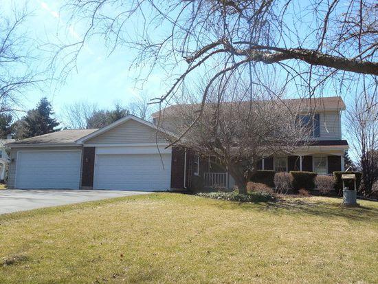 3848 Weathervane Ln, Crystal Lake, IL 60012