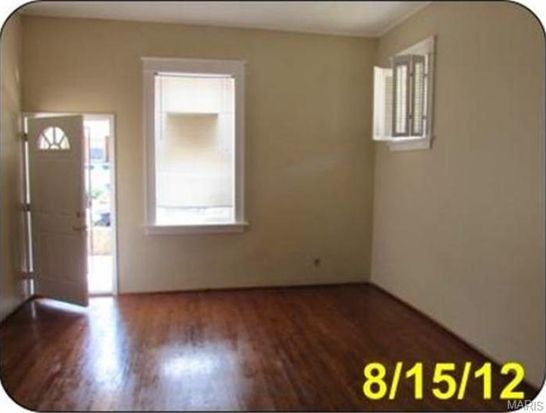 4571 Adkins Ave, Saint Louis, MO 63116