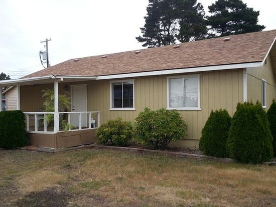 1956 16th St, Florence, OR 97439