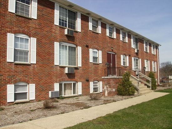 3530 Byron Center Ave SW APT 2, Wyoming, MI 49519