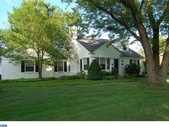 404 Golfview Rd, Wallingford, PA 19086