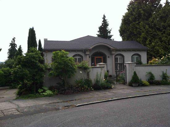 3711 47th Pl NE, Seattle, WA 98105